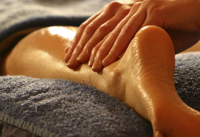 fisio masaje deportivo valladolid, recuperacion lesiones, dolores, carrera, deporte masaje